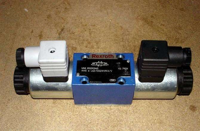 REXROTH 4WE 10 M3X/CG24N9K4 R900469533 Directional spool valves