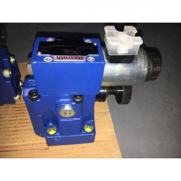 REXROTH 4WE 10 C5X/EG24N9K4/M R900927854 Directional spool valves #1 image